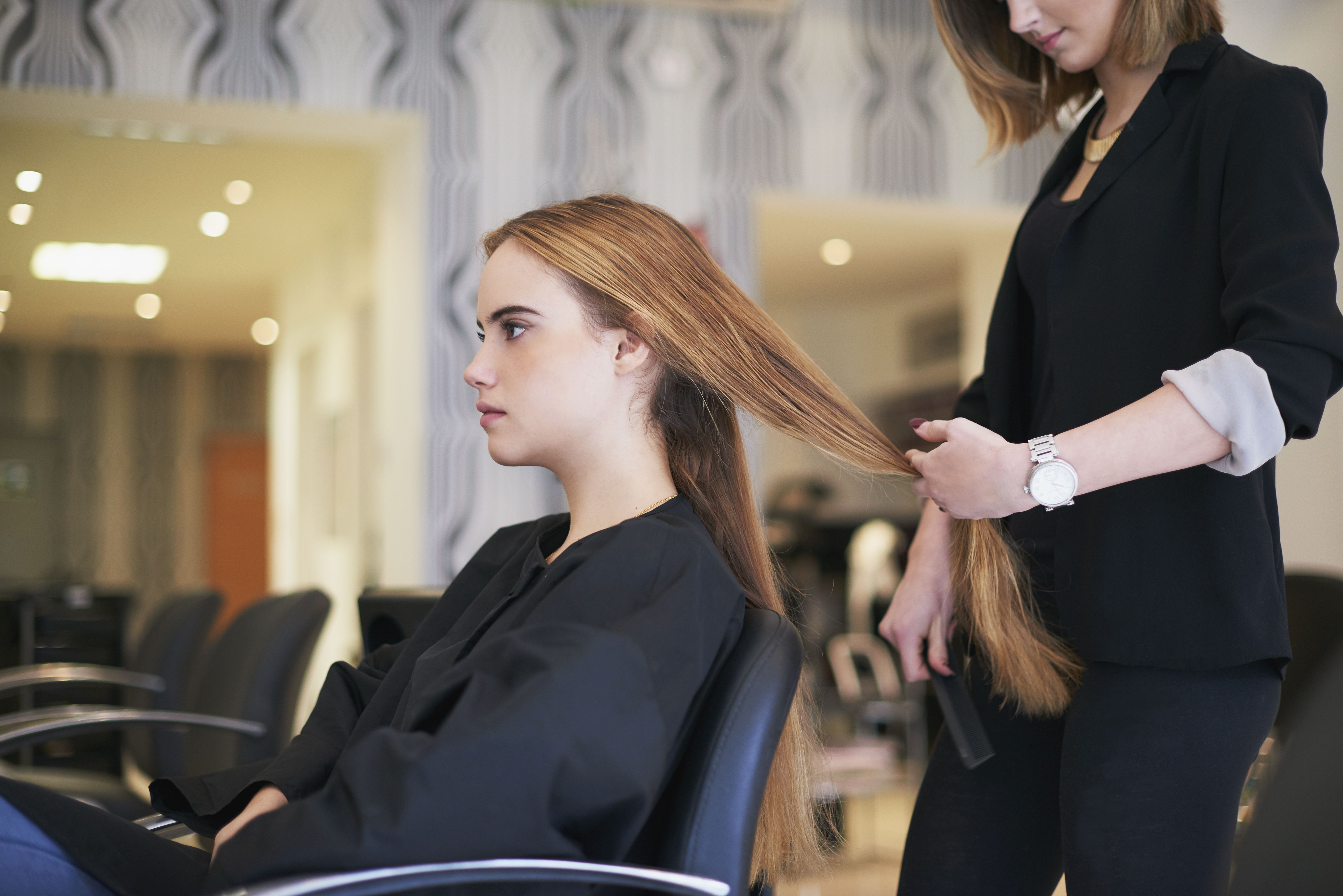 Gratuity at salons how much to tip for a haircut how to get a haircut you wont hate winobraniefo Choice Image