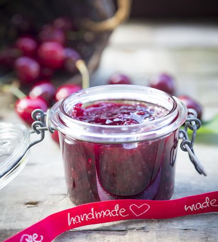 10 tips for making jam jelly and marmalade - Advice making jam preserving better ...