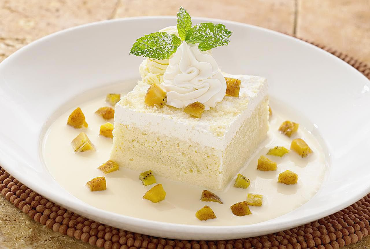 Basic Recipe For A Rich And Creamy Tres Leches Cake 65 Mins Ratings Mexican Desserts