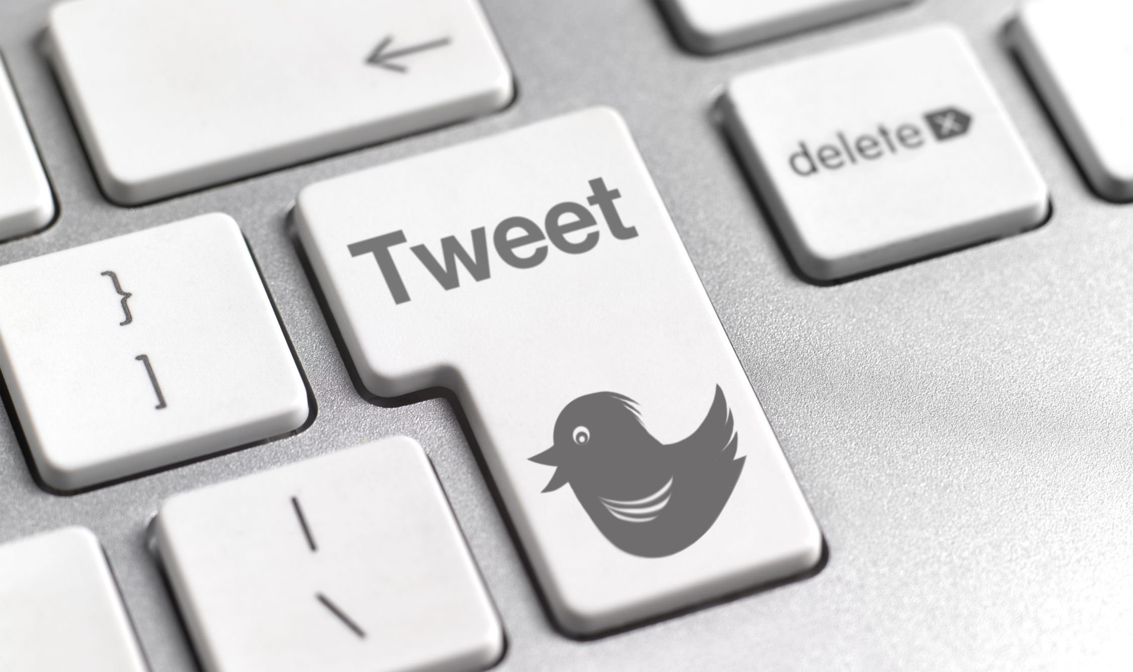 New to twitter get started with this cheat sheet twitter tweet button on keyboard biocorpaavc Image collections