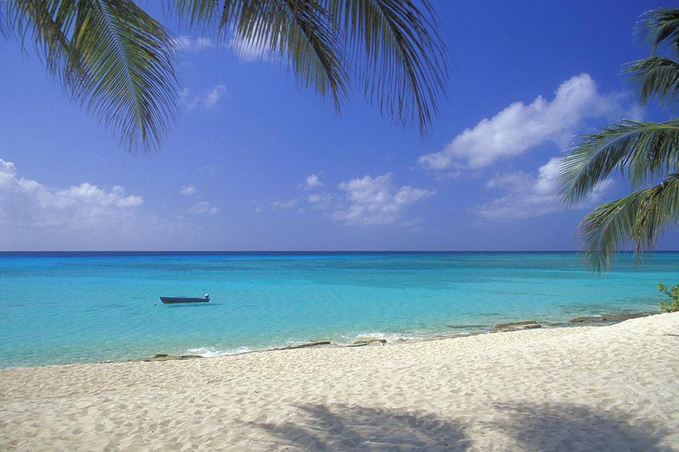 7 Mile Beach, Cayman Islands