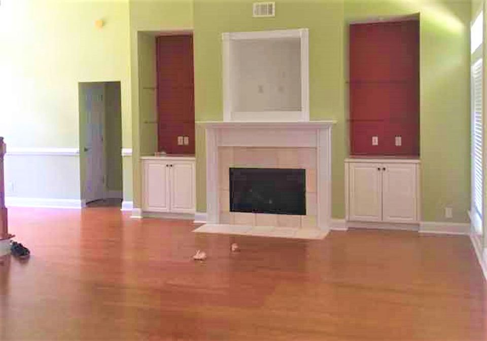 Empty Living Room Before Makeover