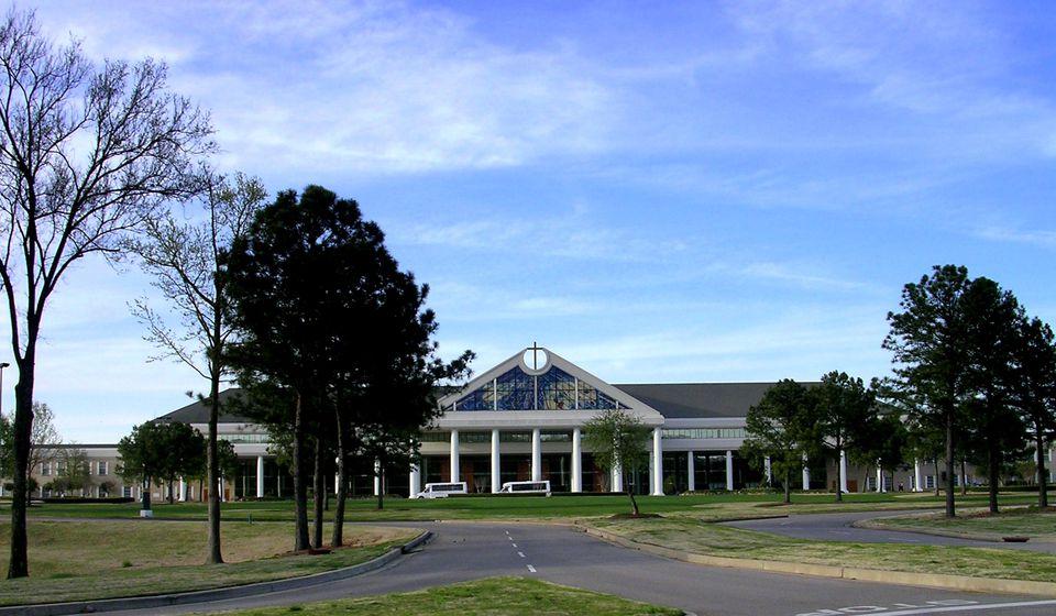 Bellevue Baptist Church in Cordova, TN