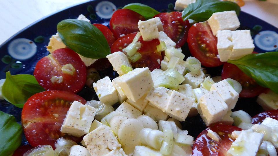 feta cheese on salad