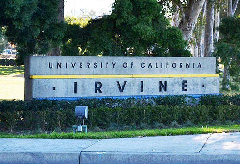 UC Irvine Sign