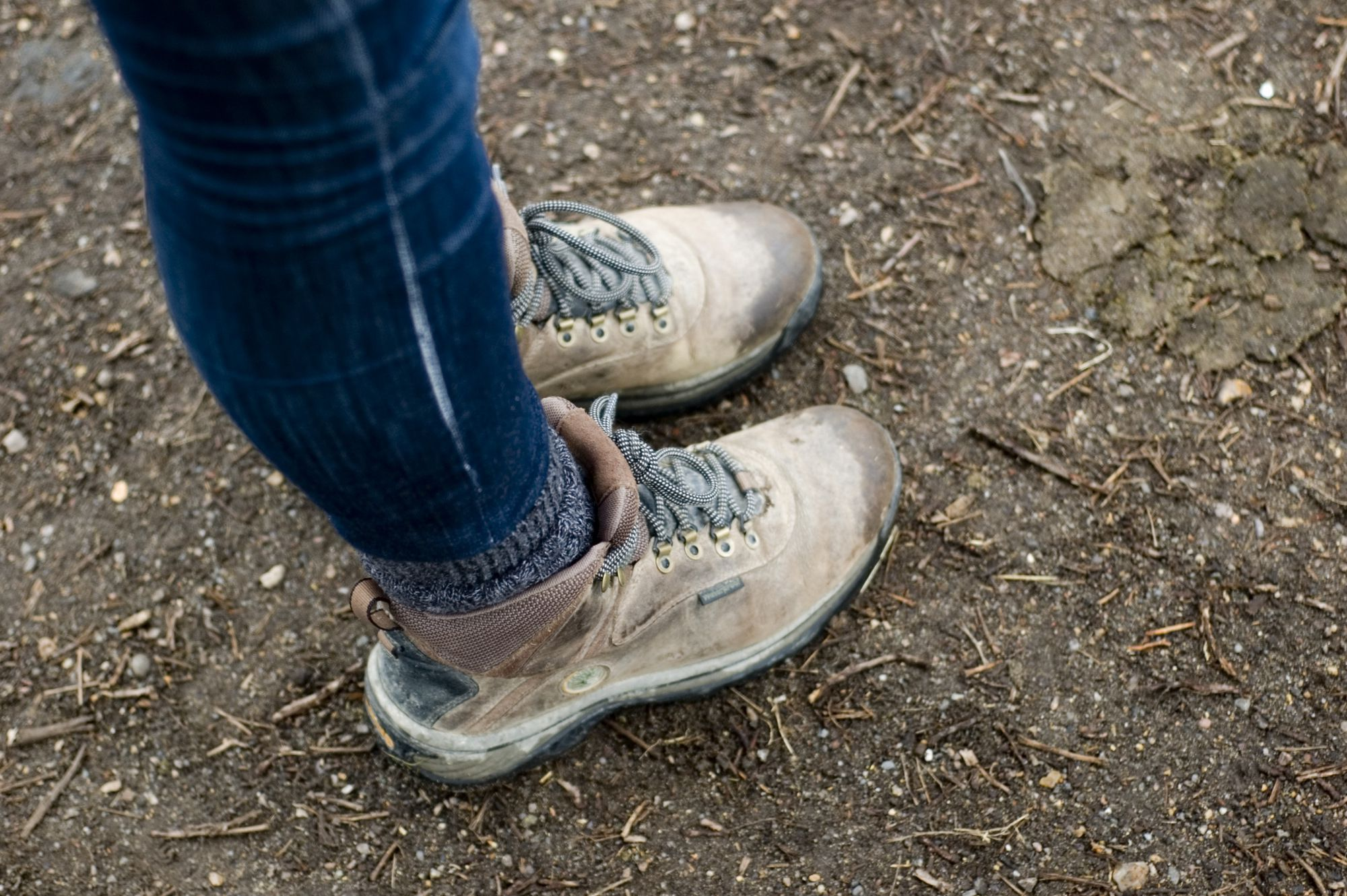 10 Ways to Keep Your Feet Warm on a Cold Weather Walk