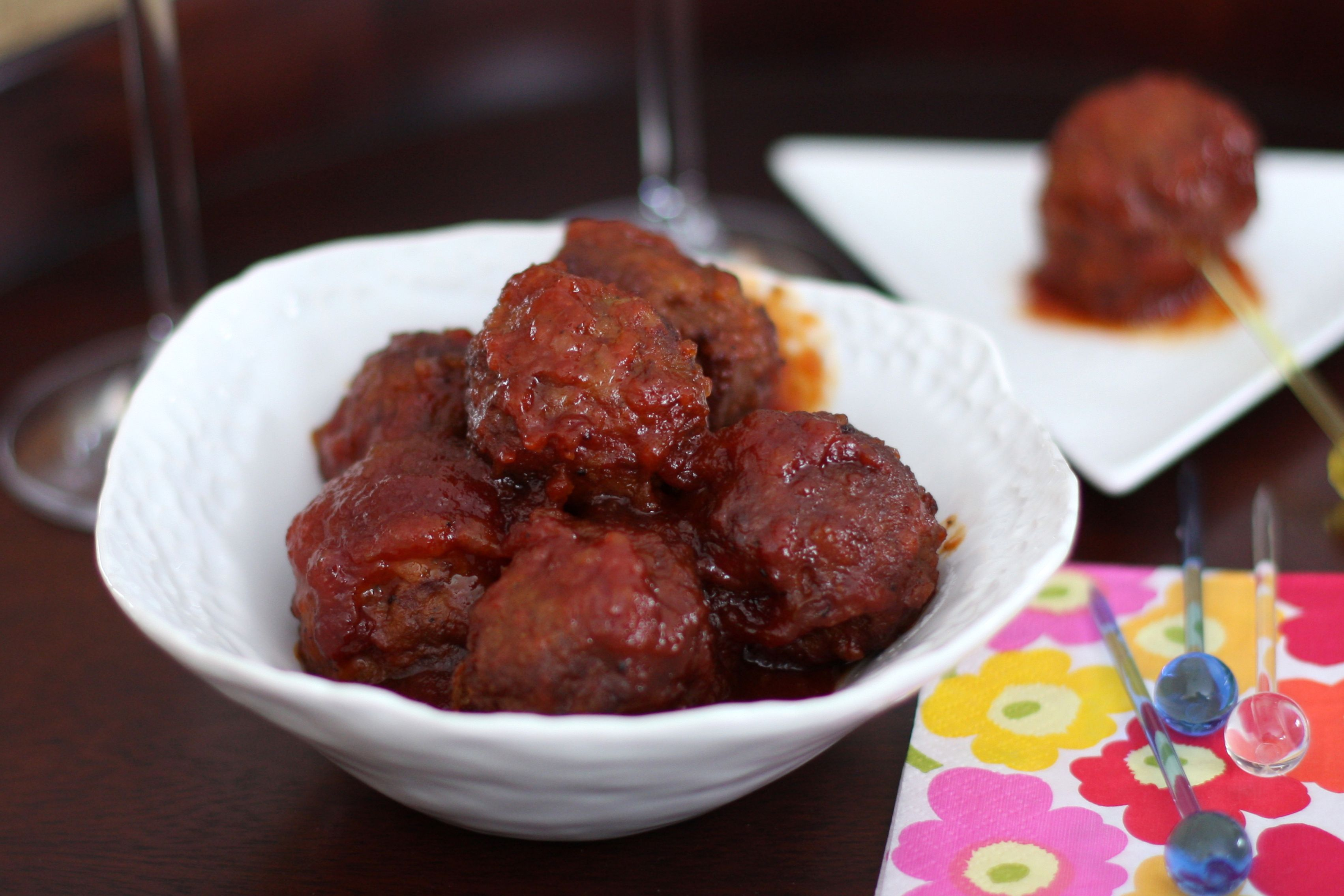 Cocktail Meatballs With Apricot Preserves