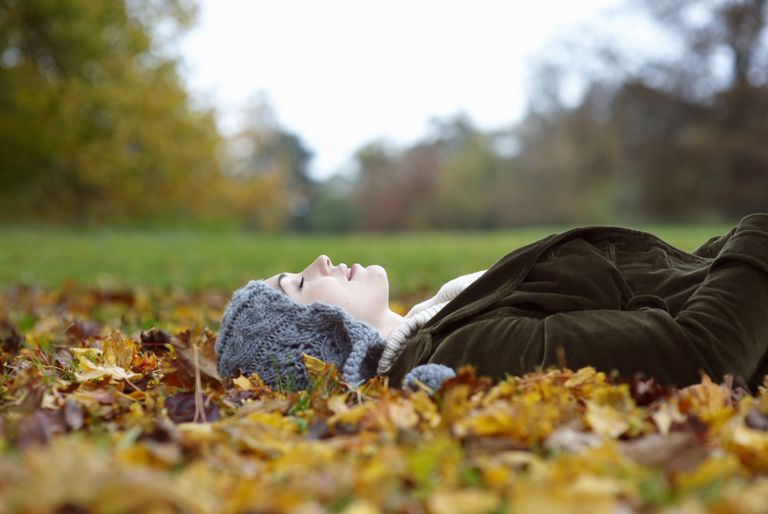 Simple breathing exercises can relieve anxiety and help to ease the transition to sleep and improve insomnia