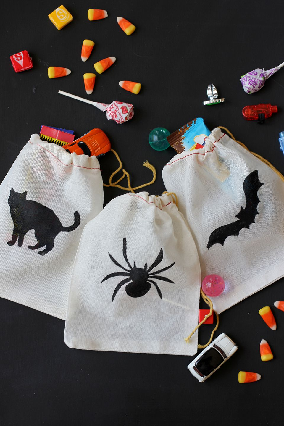 DIY Stenciled Treat Bags