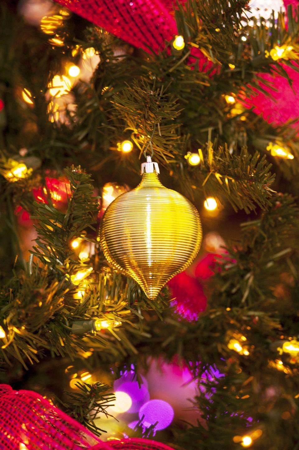 xmas tree and baublesjpg - Where To Buy A Christmas Tree