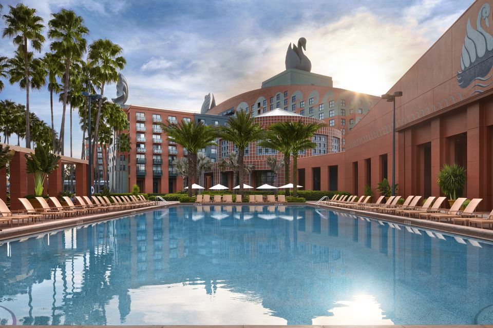 A swimming pool at the Walt Disney World Swan and Dolphin