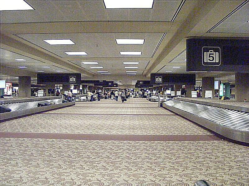 your guide to phoenix sky harbor international airport. Black Bedroom Furniture Sets. Home Design Ideas