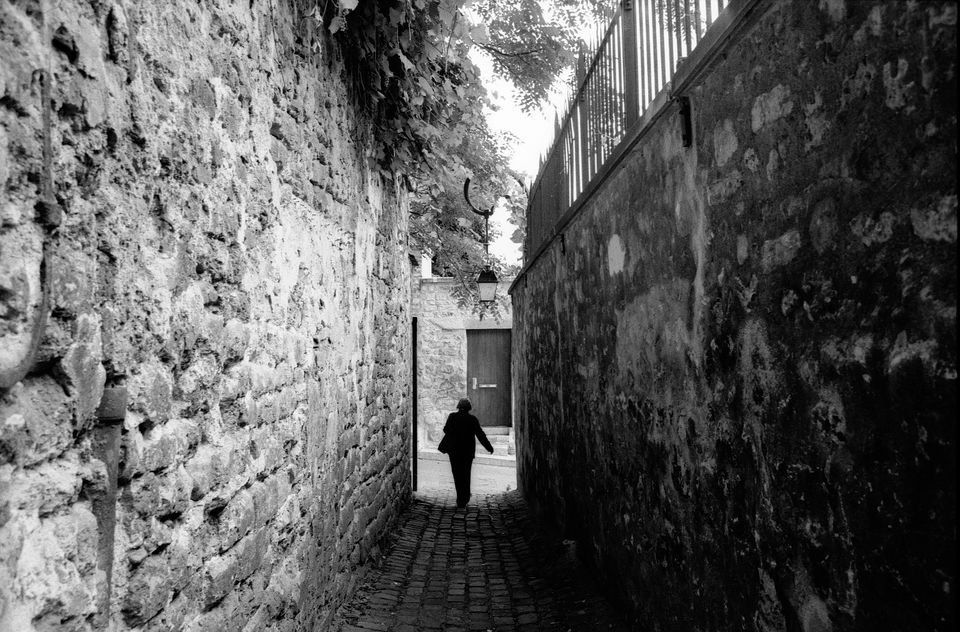 Paris' 16th arrondissement boasts many quiet, secretive corners.