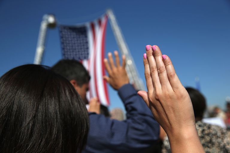 Immigrants being sworn in as American citizens