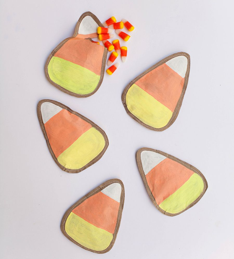 DIY Candy Corn Pouches