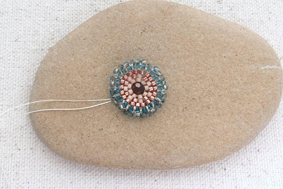 Ruffle Flower Bead DIY tutorial