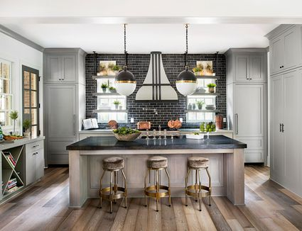 When Should Cabinetry Go to the Ceiling?