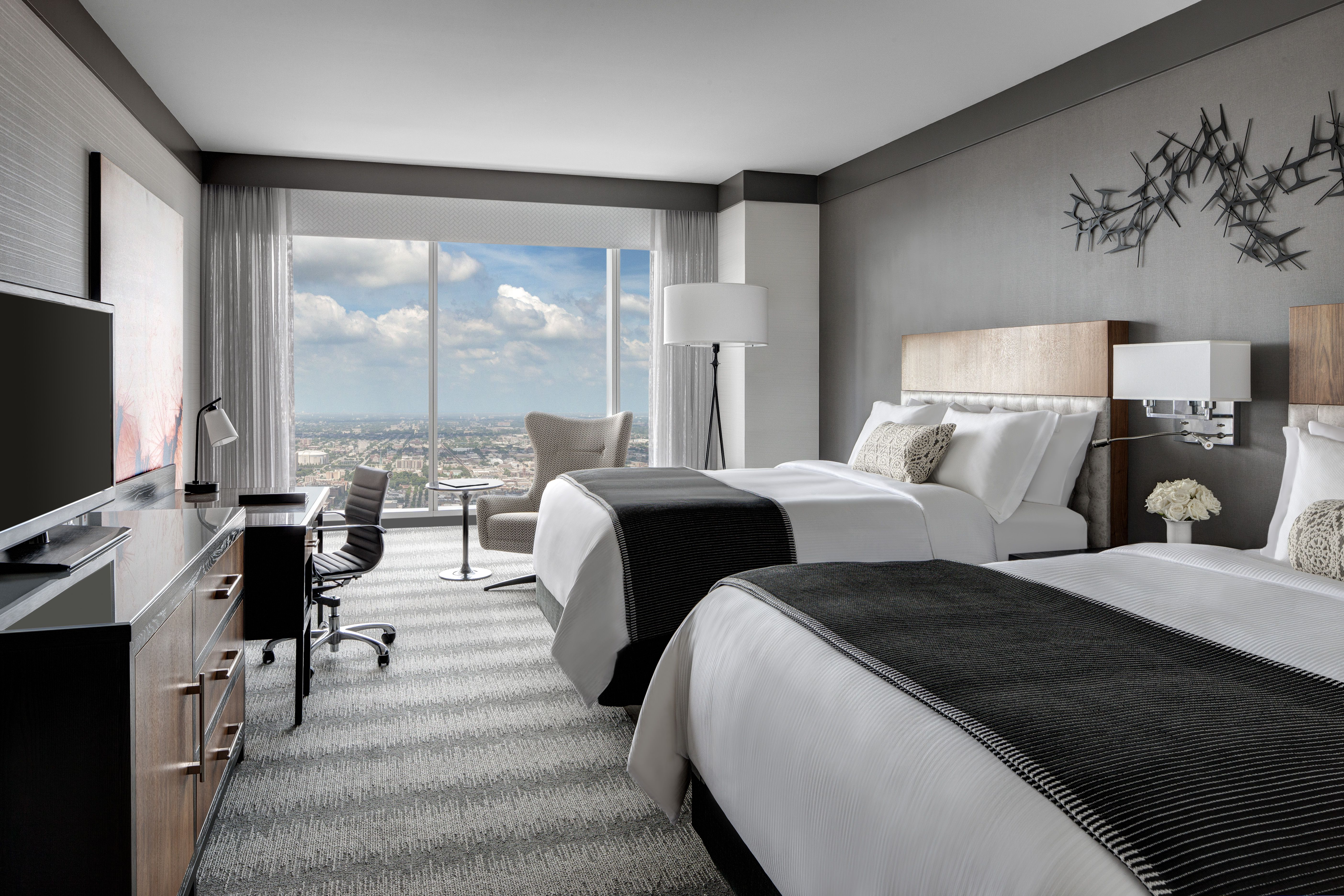 jparker meet hotel il lincoln room eat drink the chicago lakeview patio in at and