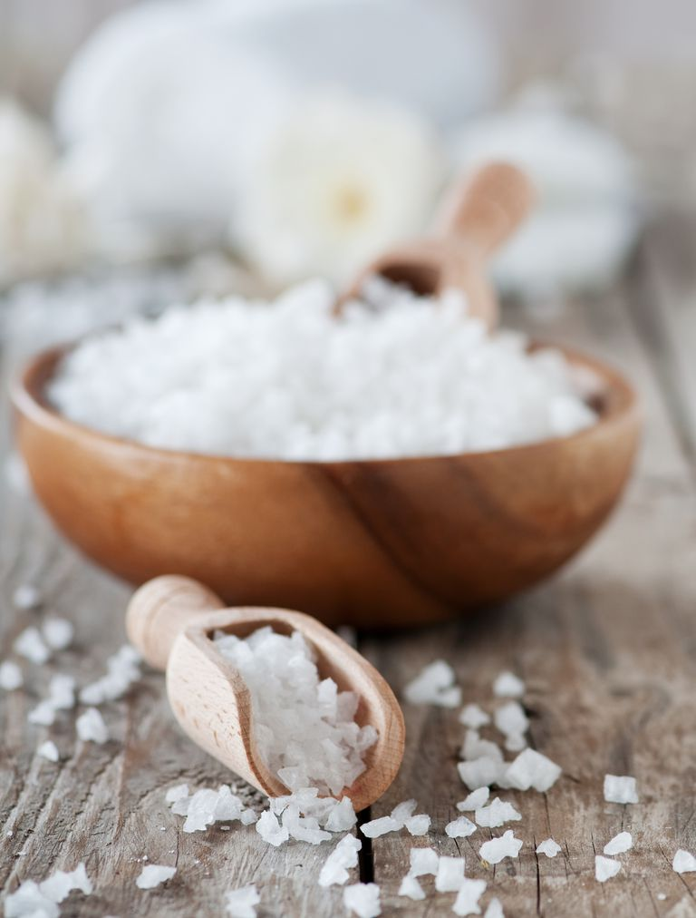 salt scrub for ingrown hairs