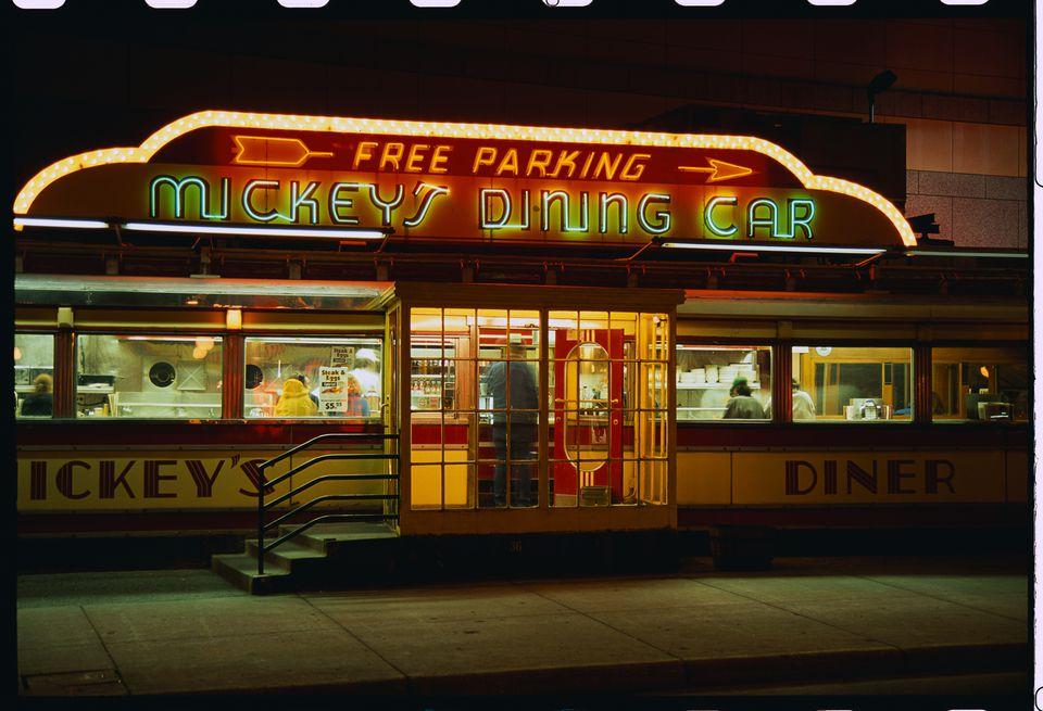 Mickey's Diner in St. Paul