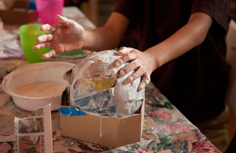5 easy homemade glue recipes for Paper mache pulp
