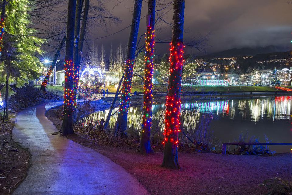 holiday lights at coquitlams lafarge lake - Holiday Christmas Lights