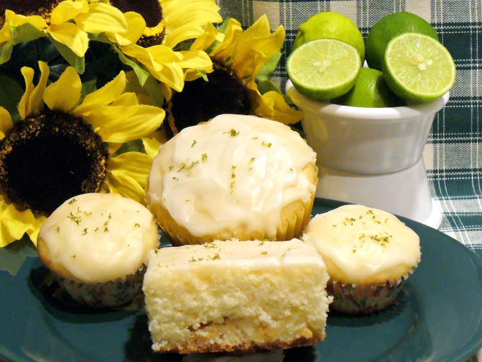 white, chocolate, key, lime, muffins, cake, recipe, dessert, receipt
