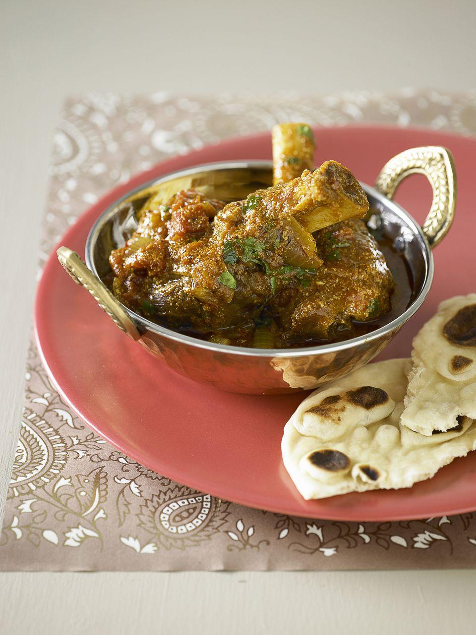 Lamb yoghurt curry