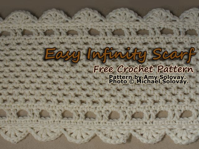 Get the Free Crochet Pattern for This Infinity Scarf.