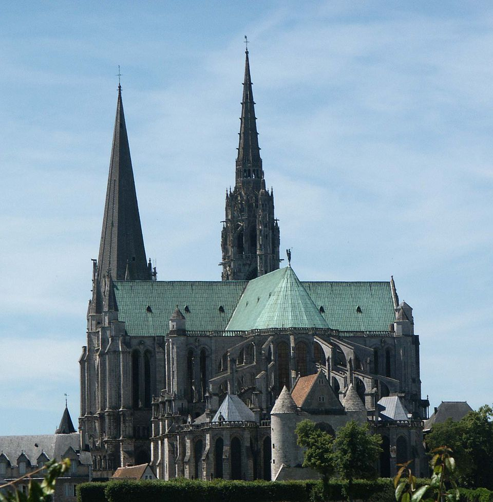 chartres cathedral picture