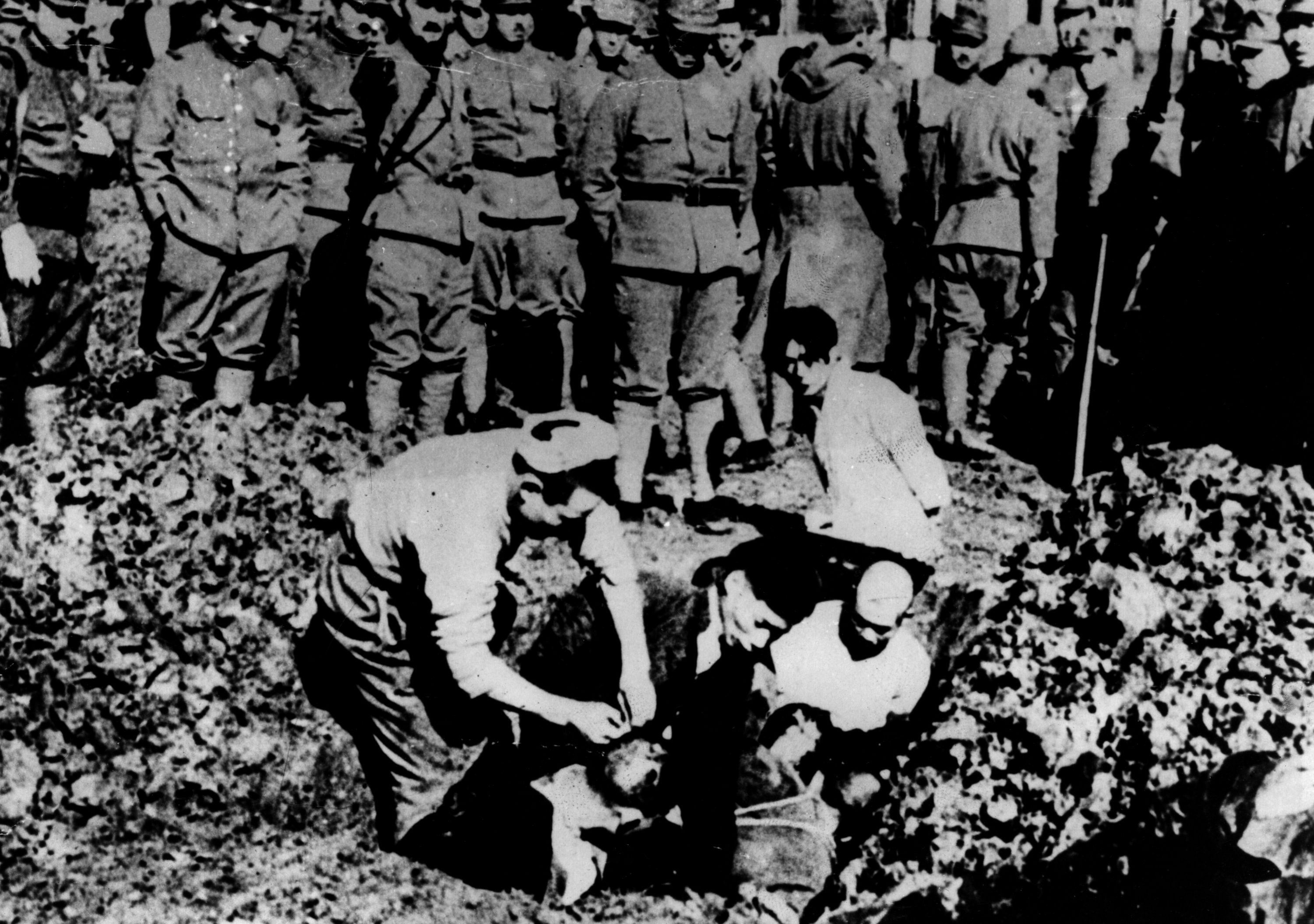 holocaust in the chinese city of nanking in 1937 In december of 1937, the japanese imperial army marched into china's capital city of nanking and proceeded to murder 300,000 out of 600,000 civilians and soldiers in the city.