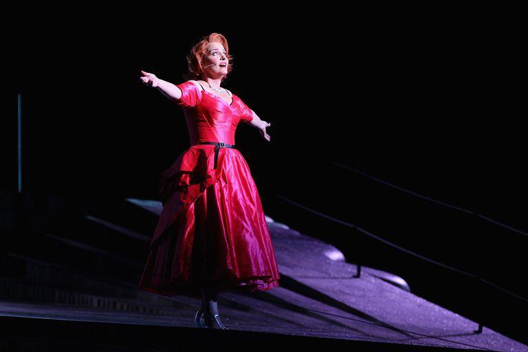 la-traviata-opera-emma-matthews.jpg