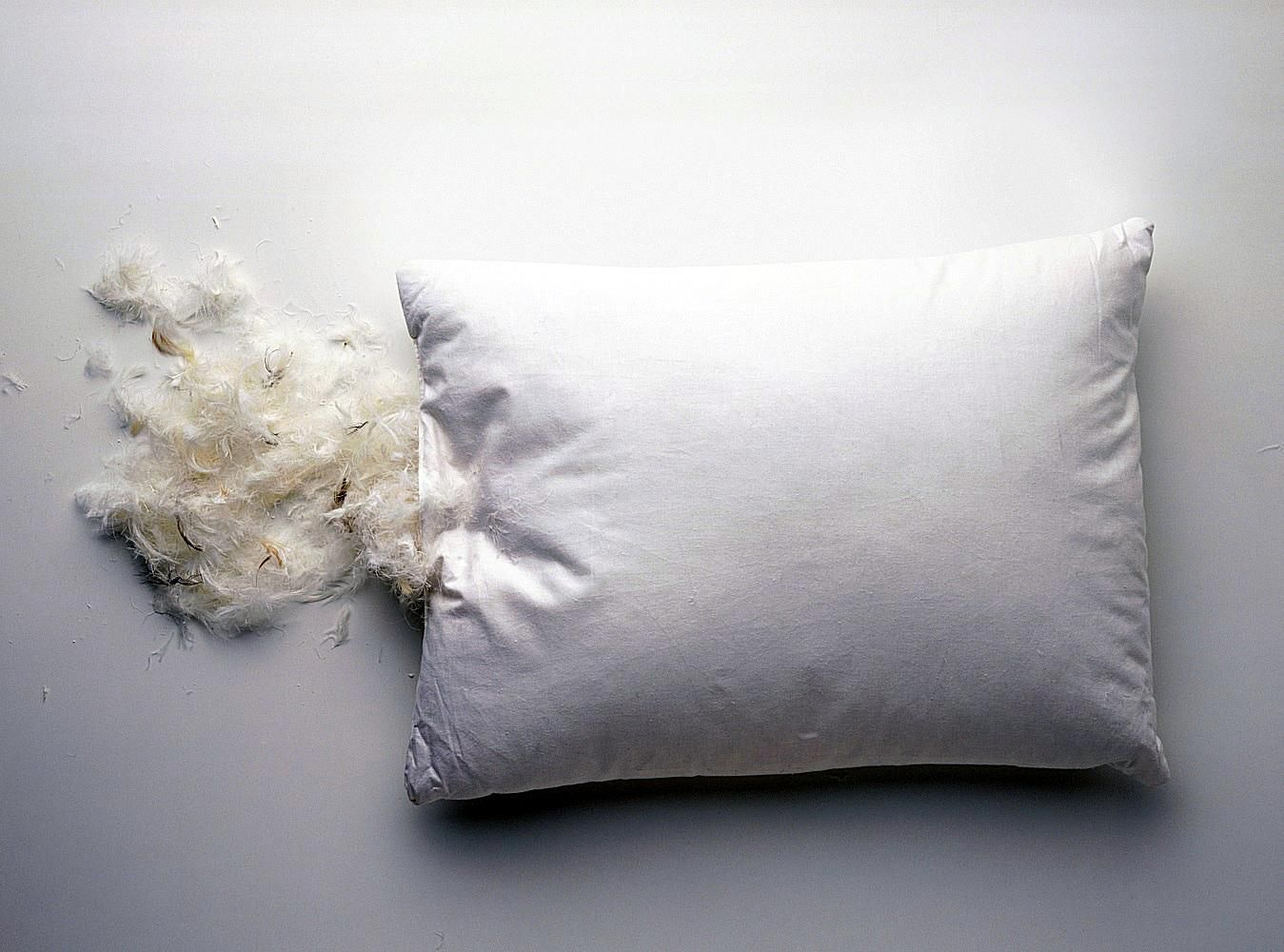 Washing Decorative Bed Pillows : How to Wash Feather Bed Pillows
