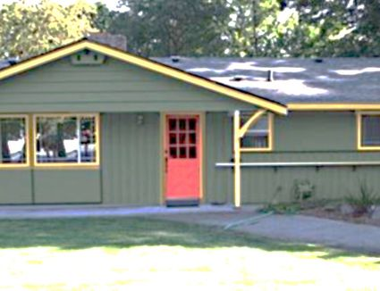 Craftsman house colors photos and ideas - Exterior paint coverage on stucco ...