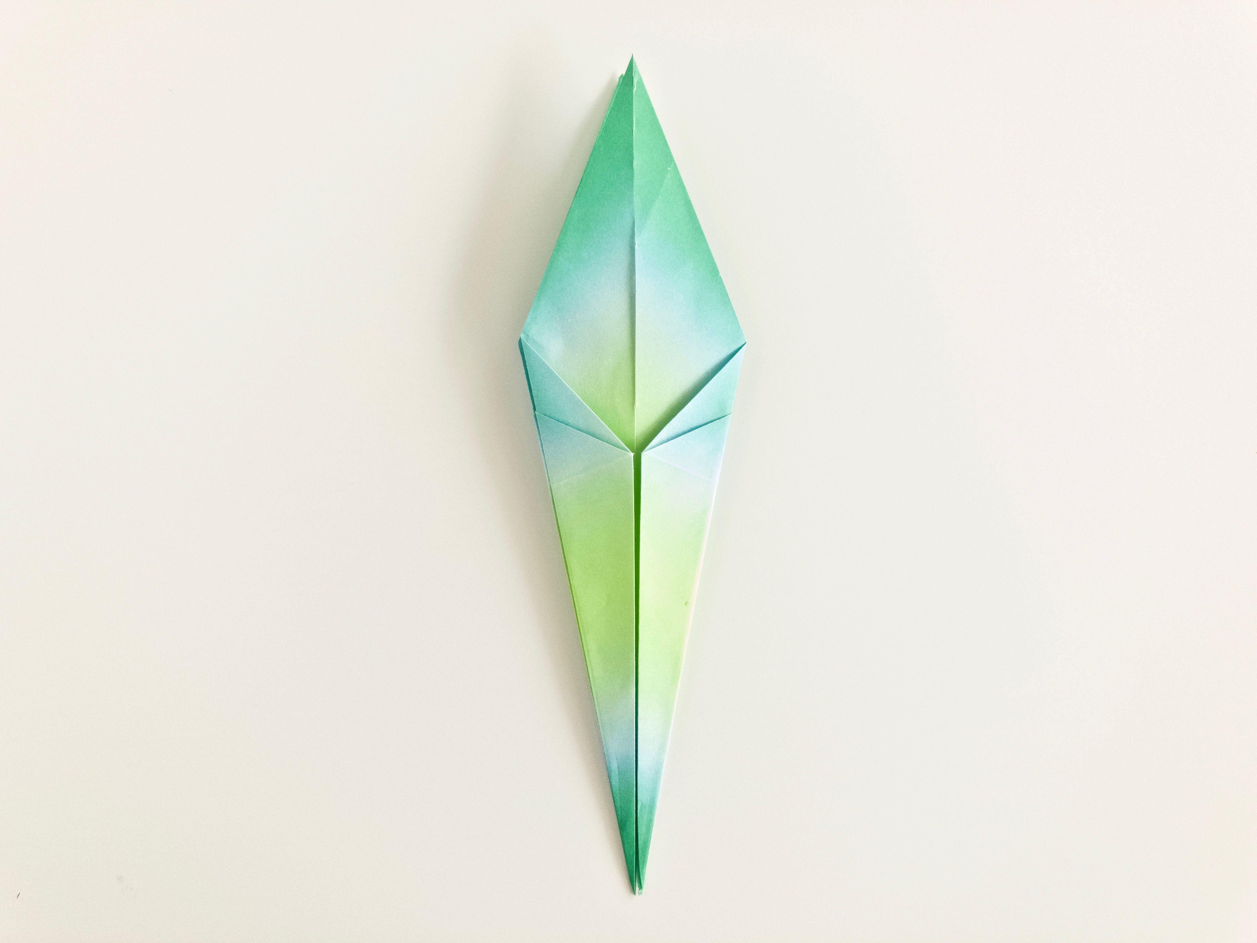 Origami Lily Instructions: www.Origami-Fun.com - YouTube | 3024x4032