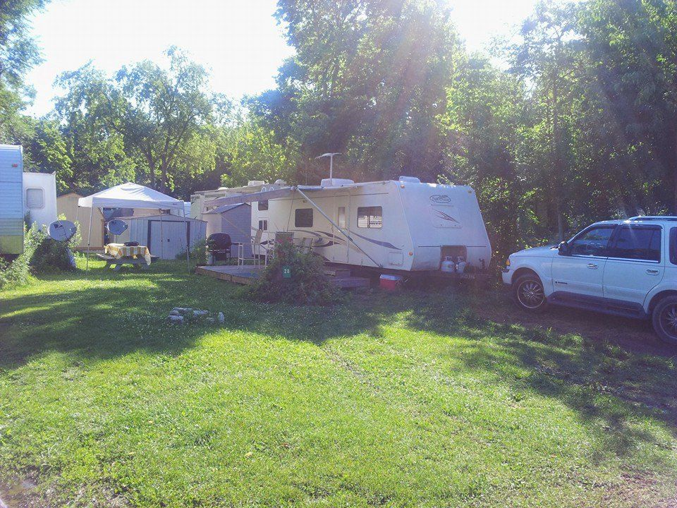 Where to Camp on and around the Lake Erie Islands