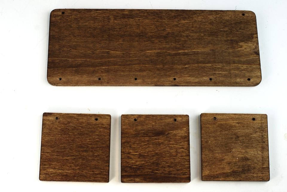 stained wood plaque kit