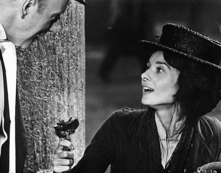 Audrey Hepburn - infixation