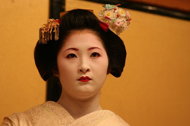 Geisha continue to entertain tourists and business-people in Japan to this day