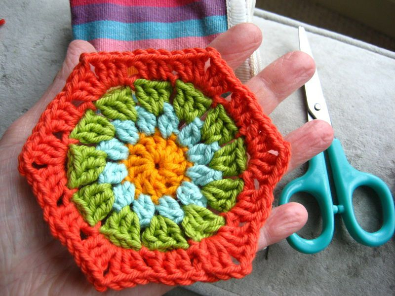 Colorful Granny Hexagon Free Crochet Pattern