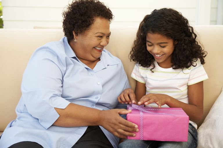 Avoid These Mistakes When Buying Gifts for the Grands