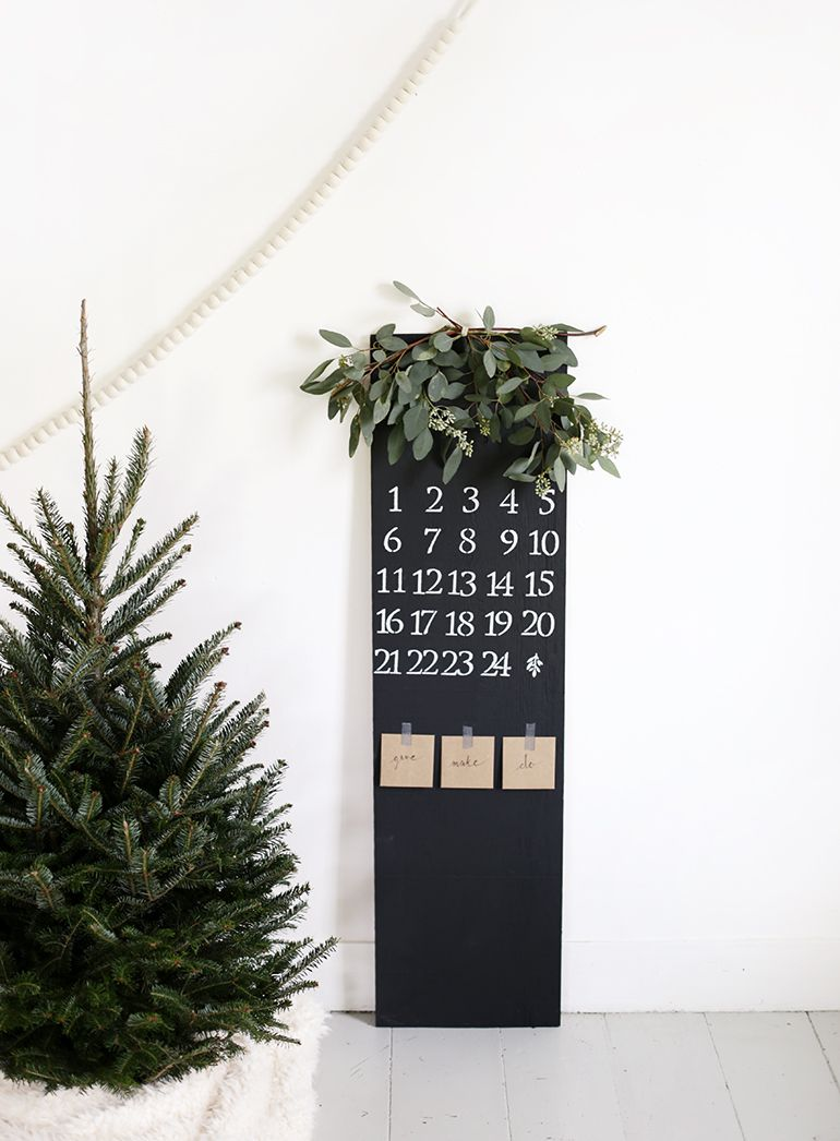 DIY Chalkboard Advent Calendar