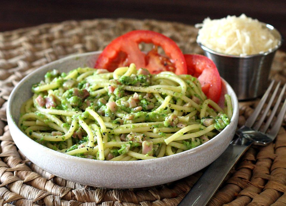 English Pea Pesto and Spaghetti