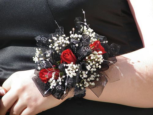 Ideas For Your Prom Flower Arrangements