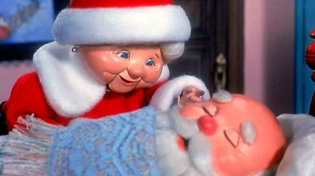 how to explain santa to a 3 year old