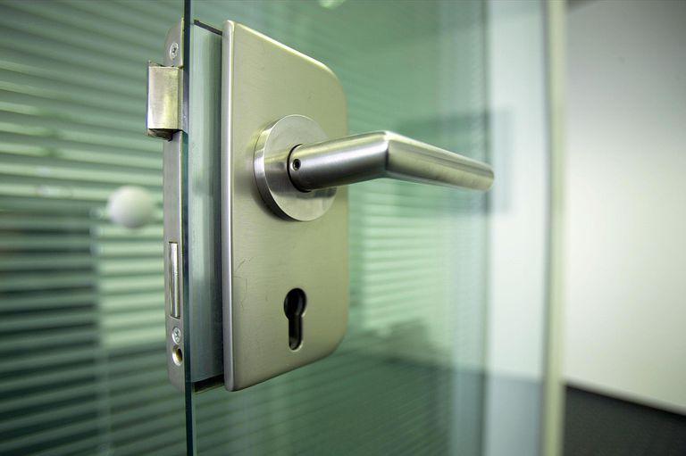 Close up, door handle