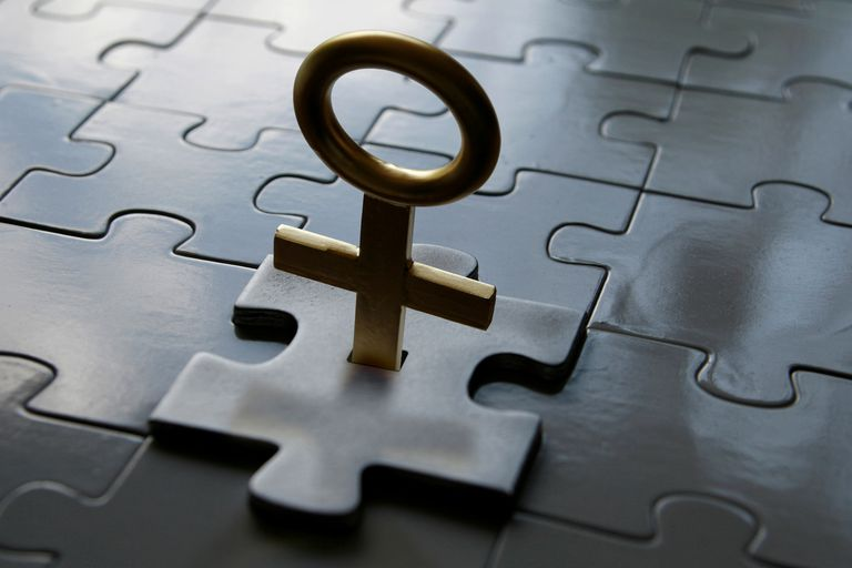 Female symbol as key to a puzzle