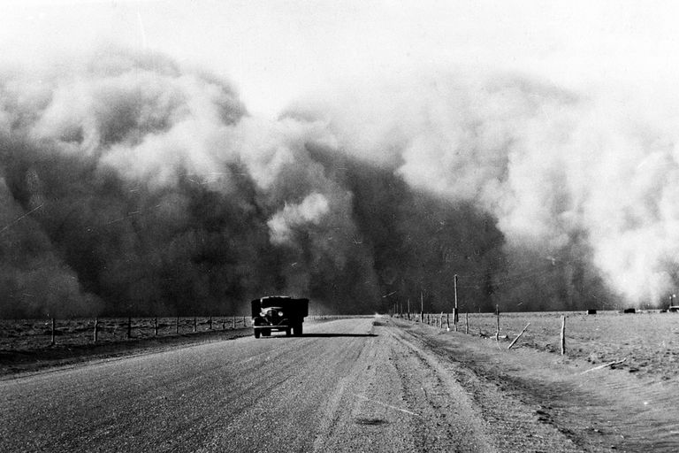 an analysis of the effects of the great depression and the dust bowl in the united states of america Keywordsoklahoma history great depression okie migrations  the dust bowl forced okies off their land, but far more migrants left southeastern oklahoma than the.