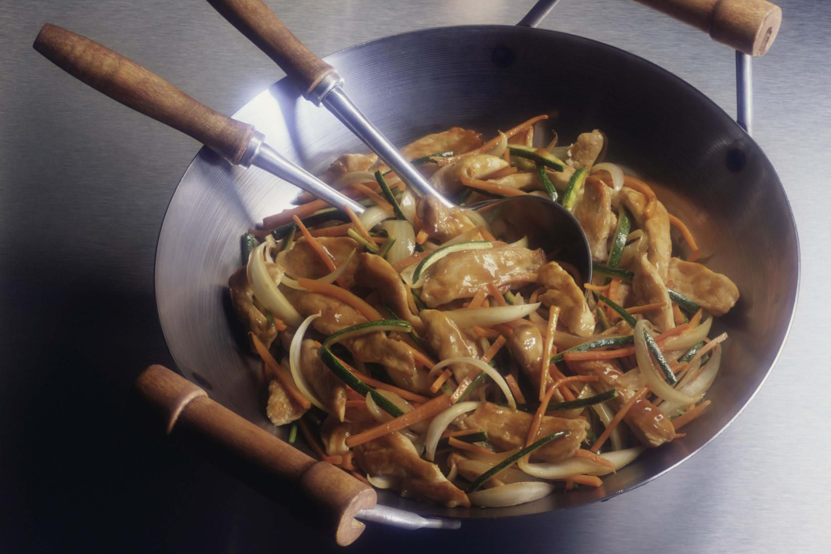 Learn How To Season A Carbon Steel Wok