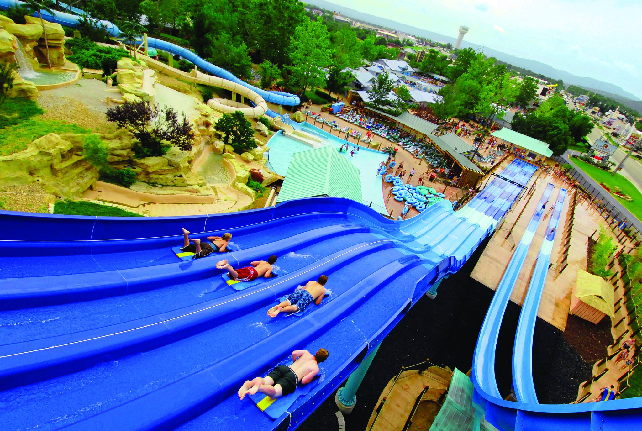 Missouri S Outdoor And Indoor Water Parks Year Round Fun